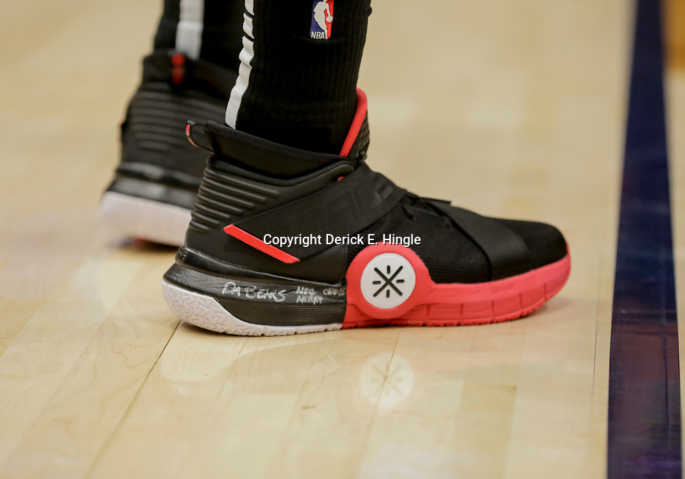 Dec 16, 2018; New Orleans, LA, USA; Miami Heat guard Dwyane Wade acknowledges the Chicago Bears divisional championship on his shoe while playing against the New Orleans Pelicans at the Smoothie King Center. Mandatory Credit: Derick E. Hingle-USA TODAY Sports