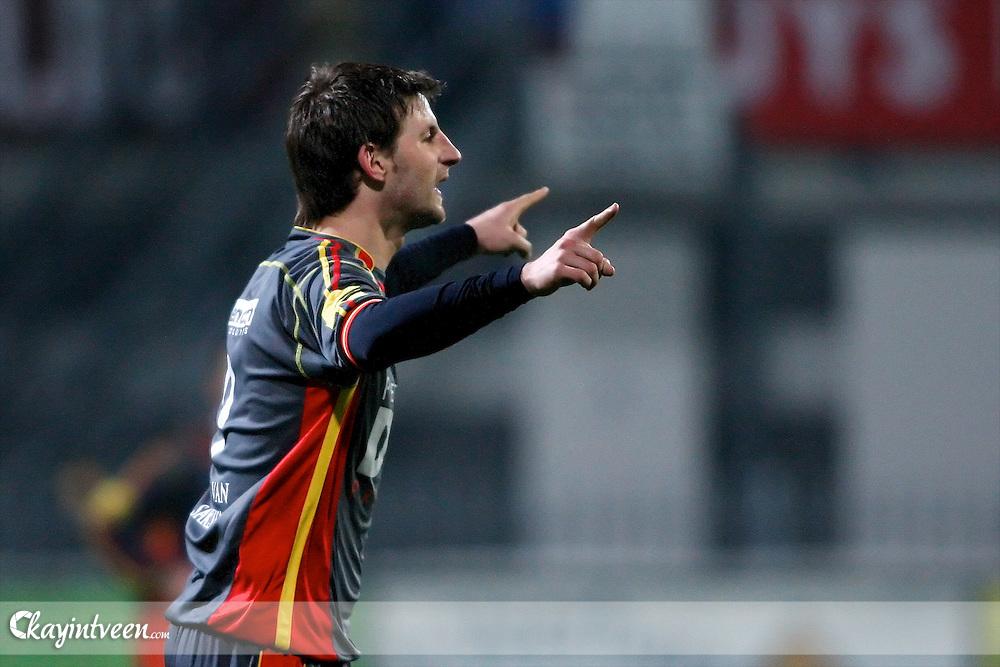 ROOSENDAAL - RBC Roosendaal - FC Emmen, Jupiler League, Seizoen 2010-2011, 04-03-2011, Mariflex Stadion, Ruud ter Heide blij met zijn tweede doelpunt 2-0