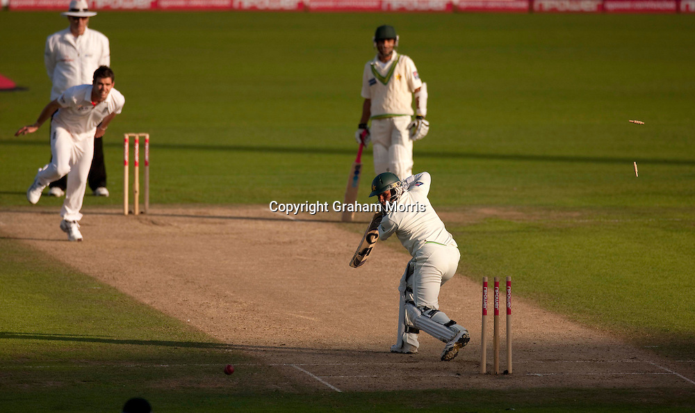 James Anderson (left) bowls Imran Farhat during the third npower Test Match between England and Pakistan at the Oval.  Photo: Graham Morris (Tel: +44(0)20 8969 4192 Email: sales@cricketpix.com) 18/08/10