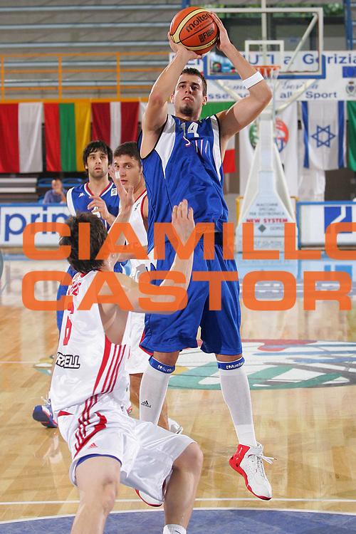 DESCRIZIONE : Gorizia U20 European Championship Men Qualifying Round Turkey Serbia <br /> GIOCATORE : Dragovic <br /> SQUADRA : Serbia <br /> EVENTO : Gorizia U20 European Championship Men Qualifying Round Turkey Serbia Campionato Europeo Maschile Under 20 Qualificazioni Turchia Serbia <br /> GARA : Turkey Serbia <br /> DATA : 10/07/2007 <br /> CATEGORIA : Tiro <br /> SPORT : Pallacanestro <br /> AUTORE : Agenzia Ciamillo-Castoria/S.Silvestri <br /> Galleria : Europeo Under 20 <br /> Fotonotizia : Gorizia U20 European Championship Men Qualifying Round Turkey Serbia <br /> Predefinita :