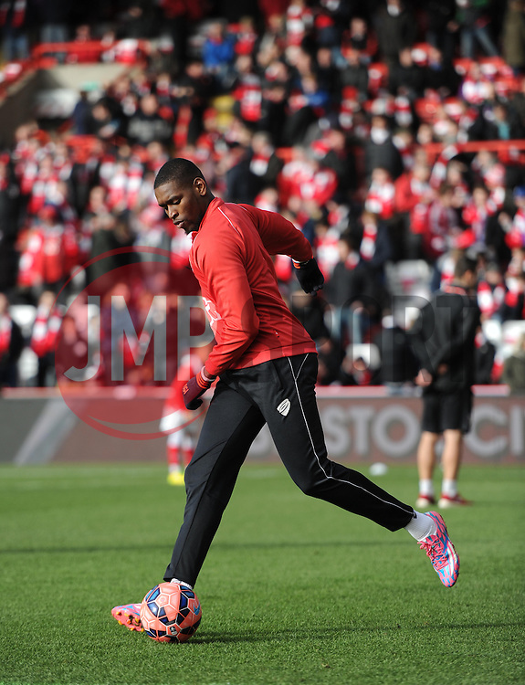 Bristol City's Jay Emmanuel-Thomas warms up before the FA Cup fourth round game between Bristol City and West Ham United on 25 January 2015 in Bristol, England - Photo mandatory by-line: Paul Knight/JMP - Mobile: 07966 386802 - 25/01/2015 - SPORT - Football - Bristol - Ashton Gate - Bristol City v West Ham United - FA Cup fourth round