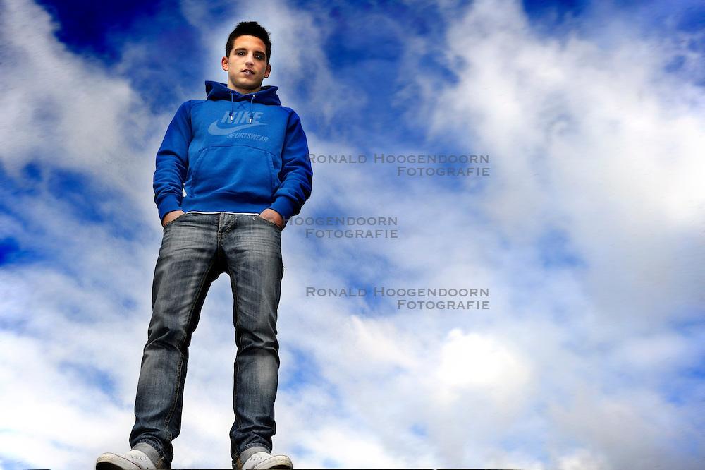 11-03-2010 VOETBAL: PORTRET DRIES MERTENS: UTRECHT<br /> Portret van Dries Mertens<br /> &copy;2010-WWW.FOTOHOOGENDOORN.NL