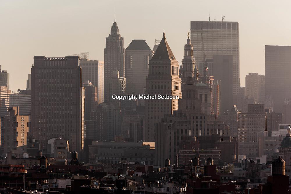 New York. elevated view on the Bowery , and lower manhattan cityscape - United states / le panorama de Bowery et du bas de Manhattan downtown vu d'en haut - New York - Etats-unis
