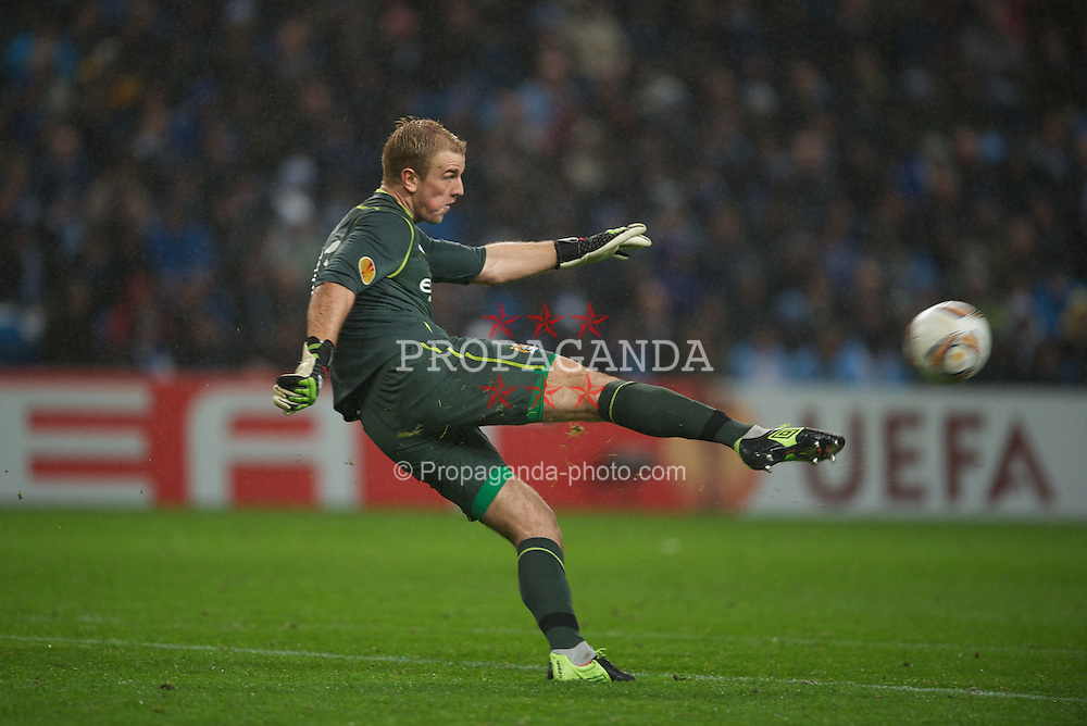 MANCHESTER, ENGLAND - Wednesday, February 22, 2012: Manchester City's goalkeeper Joe Hart in action against FC Porto during the UEFA Europa League Round of 32 2nd Leg match at City of Manchester Stadium. (Pic by David Rawcliffe/Propaganda)