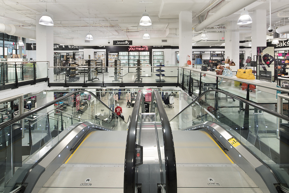 Saks off Fifth store at 555 12th St Washington DC
