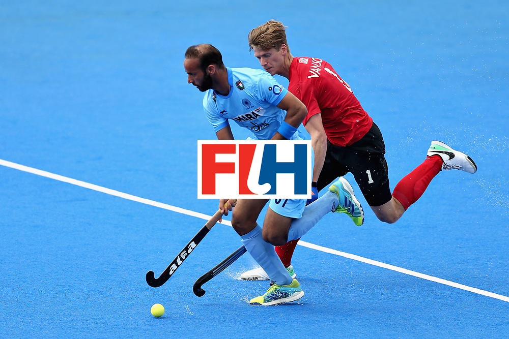 LONDON, ENGLAND - JUNE 17: Ramandeep Singh of India and Foris Van Son of Canada during the Hero Hockey World League Semi Final match between Canada and India at Lee Valley Hockey and Tennis Centre on June 17, 2017 in London, England.  (Photo by Alex Morton/Getty Images)