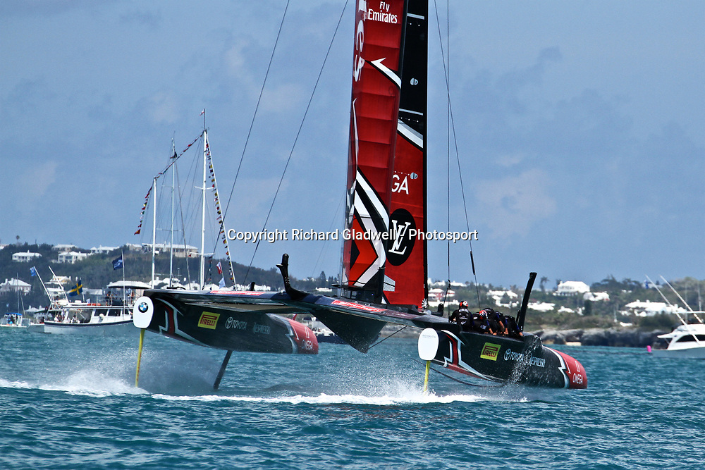 Race 9 - Emirates Team NZ recovers from a small splashdown  - 35th America's Cup - Bermuda  May 27, 2017 . Copyright Image: Richard Gladwell / Sail World / www.photosport.nz