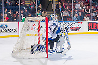 KELOWNA, CANADA - OCTOBER 5: Griffen Outhouse #30 of the Victoria Royals kneels in net against the Kelowna Rockets on October 5, 2018 at Prospera Place in Kelowna, British Columbia, Canada.  (Photo by Marissa Baecker/Shoot the Breeze)  *** Local Caption ***