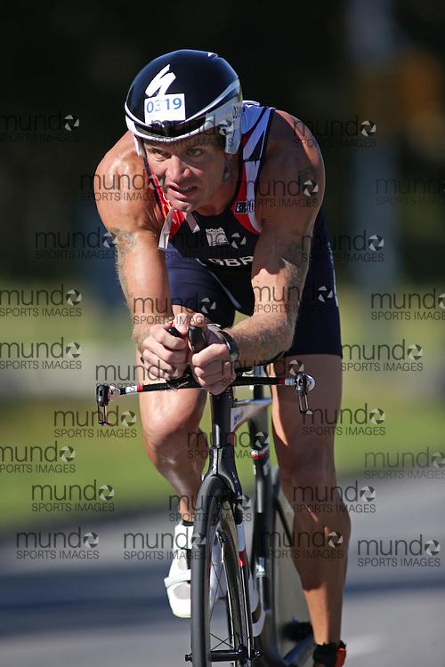 (Ottawa, Canada---10 August 2013)  Sean Scott (319)  of Great Britain (GBR) competing in the 35-39 Male AG International Triathlon Union 2013 World Duathlon Championships (10 km run- 40 km bike- 5km run).