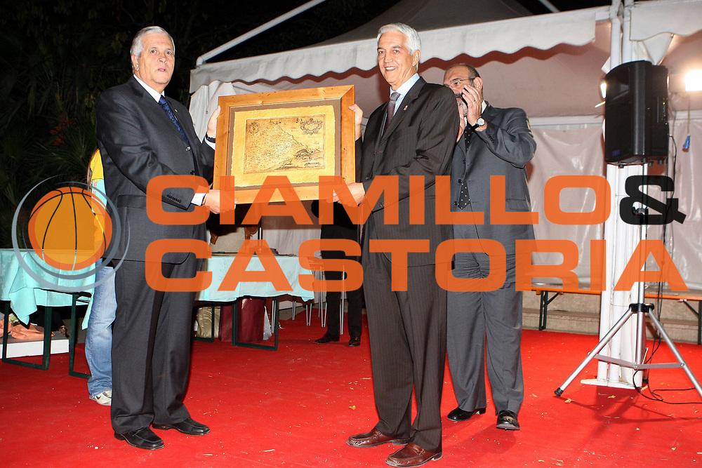 DESCRIZIONE : Chieti Italy Italia Eurobasket Women 2007 Cerimonia di aperutra Opening Cerimony<br /> GIOCATORE : Nar Zanolin<br /> SQUADRA :<br /> EVENTO : Eurobasket Women 2007 Campionati Europei Donne 2007<br /> GARA : <br /> DATA : 27/09/2007 <br /> CATEGORIA :<br /> SPORT : Pallacanestro<br /> AUTORE : Agenzia Ciamillo-Castoria/E.Castoria<br /> Galleria : Eurobasket Women 2007<br /> Fotonotizia : Chieti Italy Italia Eurobasket Women 2007 Cerimonia di aperutra Opening Cerimony<br /> Predefinita :