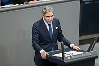 08 NOV 2018, BERLIN/GERMANY:<br /> Stephan Harbarth, MdB, CDU, haelt eine Rede, Bundestagsdebatte zum sog. Global Compact fuer Migration, Plenum, Deutscher Bundestag<br /> IMAGE: 20181108-01-034<br /> KEYWORDS: Sitzung