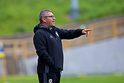 BARRY, WALES - Friday, September 22, 2017: Wales' U16 manager Osian Roberts points as he shouts out instructions during an Under-16 International friendly match between Wales and Gibraltar at Jenner Park. (Pic by Paul Greenwood/Propaganda)