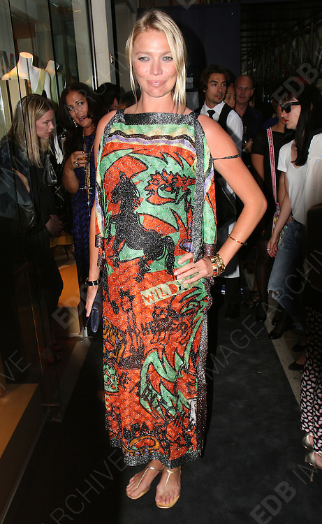 29.JUNE.2011. LONDON<br /> <br /> JODIE KIDD AT THE MISSONI FOUNDATION AT NEW BOND STREET IN LONDON<br /> <br /> BYLINE: EDBIMAGEARCHIVE.COM<br /> <br /> *THIS IMAGE IS STRICTLY FOR UK NEWSPAPERS AND MAGAZINES ONLY*<br /> *FOR WORLD WIDE SALES AND WEB USE PLEASE CONTACT EDBIMAGEARCHIVE - 0208 954 5968*