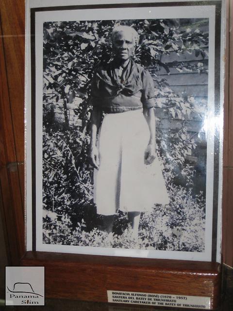 "Bonifacia Alfonso (Boní) (1870-1957). She was the caretaker of the ""Batey de Triunvirato""."