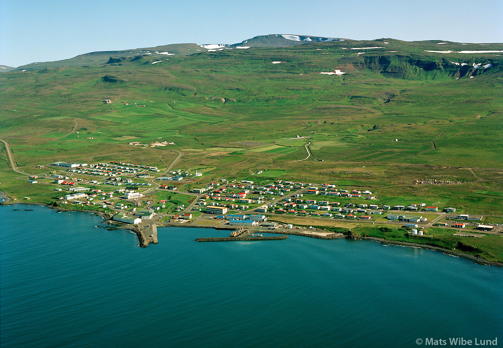 Hvammstangi séð til austurs, Húnaþing vestra áður Hvammstangahreppur / Hvammstangi viewing east, Hunathing vestra.