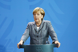 15.09.2015, Bundeskanzleramt, Berlin, GER, Flüchtlingskrise in der EU, Gipfeltreffen Deutschland und Oesterreich, im Bild Bundeskanzlerin Angela Merkel (CDU) // attend a joint press conference following talks about the refugee crisis at the Bundeskanzleramt in Berlin, Germany on 2015/09/15. EXPA Pictures © 2015, PhotoCredit: EXPA/ Eibner-Pressefoto/ Hundt<br /> <br /> *****ATTENTION - OUT of GER*****