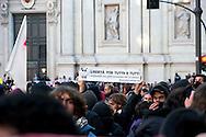 Roma 17 Novembre 2011.Manifestazione degli  studenti medi e universitari, contro il governo Monti .