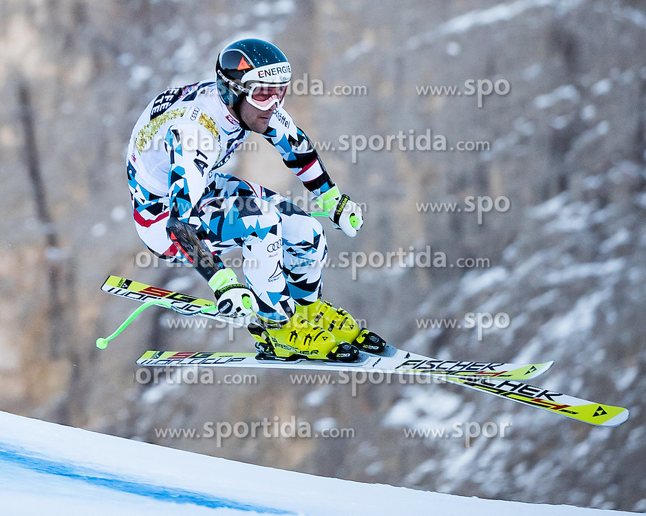 16.12.2016, Saslong, St. Christina, ITA, FIS Ski Weltcup, Groeden, Super G, Herren, im Bild Vincent Kriechmayr (AUT) // Vincent Kriechmayr of Austria in action during men's SuperG of FIS Ski Alpine World Cup at the Saslong race course in St. Christina, Italy on 2016/12/16. EXPA Pictures © 2016, PhotoCredit: EXPA/ Johann Groder