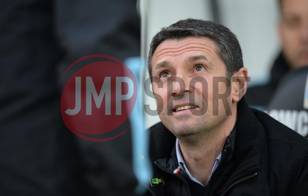 Aston Villa Manager Remi Garde - Mandatory byline: Alex James /JMP - 19/03/2016 - FOOTBALL - The Liberty Stadium - Swansea, England - Swansea City v Aston Villa - Barclays Premier League