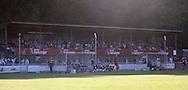 FODBOLD: Tilskuere på hovedtribunen under opvisningskampen mellem Elite 3000 Helsingør og Brøndby IF den 16. juni 2010 på Helsingør Stadion. Foto: Claus Birch