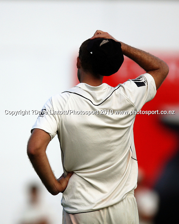 NZ captain Daniel Vettori.<br /> 1st cricket test match - New Zealand Black Caps v Australia, day one at the Basin Reserve, Wellington.Friday, 19 March 2010. Photo: Dave Lintott/PHOTOSPORT