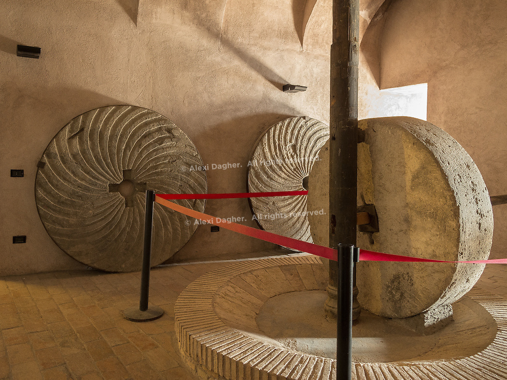 Grain grinder - Castel Sant'Angelo, Rome, Italy 2014