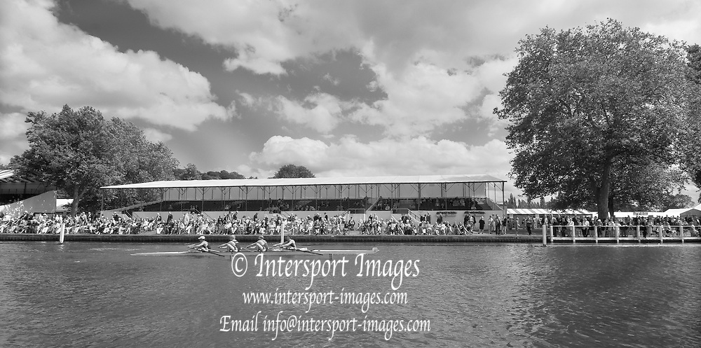 Henley, GREAT BRITAIN,   General Views from the Progress Board, Boat on the booms, Stewards Enclosure, Crews racing through the Stewards Enclosure. 2012 Henley Royal Regatta. Friday  14:17:50  29/06/2012. [Mandatory Credit, Peter Spurrier/Intersport-images] ..Rowing Courses, Henley Reach, Henley, ENGLAND . HRR.