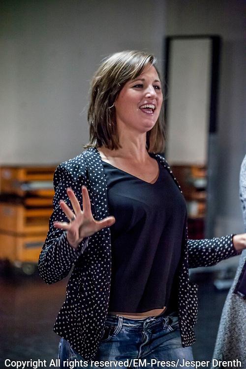 Perspresentatie van de musical The Full Monty<br /> <br /> Op de foto: Brigitte Heitzer