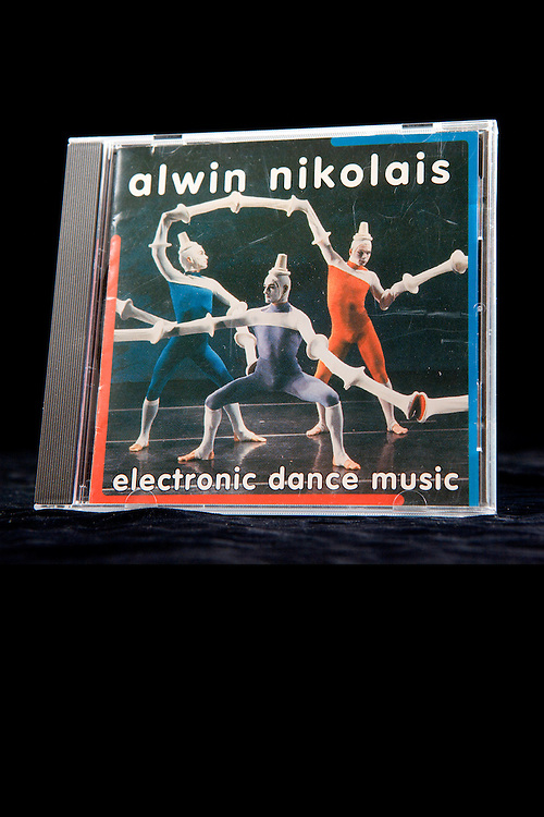 This version has reference numbers for the Nik/Louis Collection ..#33.DSC_2602.Reference number:  33_cd_electronic_detail_3_1994.Reference number:  8_8.3_1_elctronic.Item name:  A detail of a compact disc of Electronic Dance Music by Alwin Nikolais.Author:  Alwin Nikolais  .Date:  1993.Description:  A detail of a compact disc, titled, ?Electronic Dance Music? by Alwin Nikolais containing electronic dance scores.