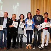 NLD/Arnhem/20111114 - Presentatie Goud op je Bord, Erik te Veldhuis, Brenda Funt, Marianne Vos, Rafik Zohri, Kamiel Maasse, Naomi van As en Esmé Kamphuis