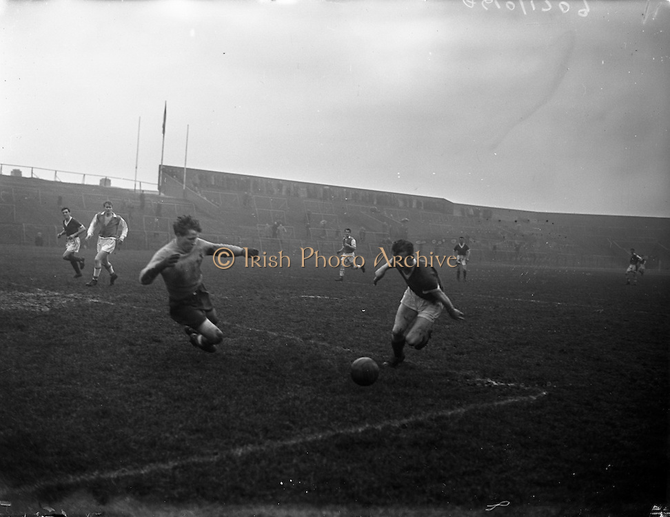 21/02/1958<br /> 02/21/1958<br /> 21 February 1958<br /> Soccer; St Patrick's Athletic v Cork Hibernians at Dalymount Park, Dublin.