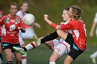 Fotball<br /> 7. November 2015<br /> Toppserien<br /> Stemmemyren<br /> Sandviken - Arna Bjørnar<br /> Ine Wedaa (L) og Vilde Bøe Risa (R) , Arna Bjørnar <br /> Andrea Thun (M) , Sandviken <br /> Foto: Astrid M. Nordhaug