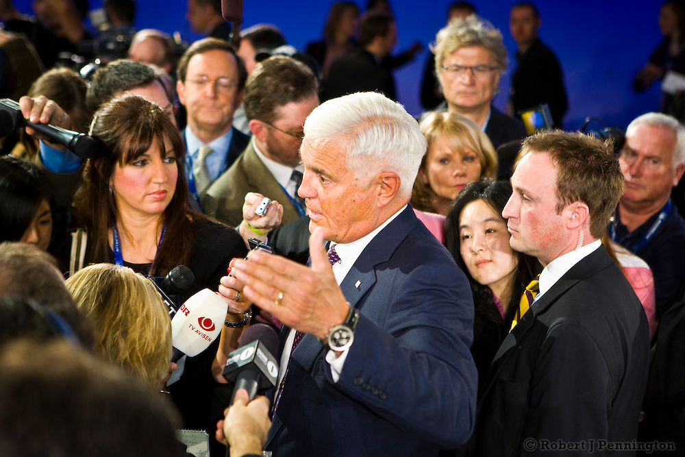 Bob Lutz speaks to the press at the General Motors Press Conference at the 2009 NAIAS, North American International Auto Show, held in Detroit Michigan.