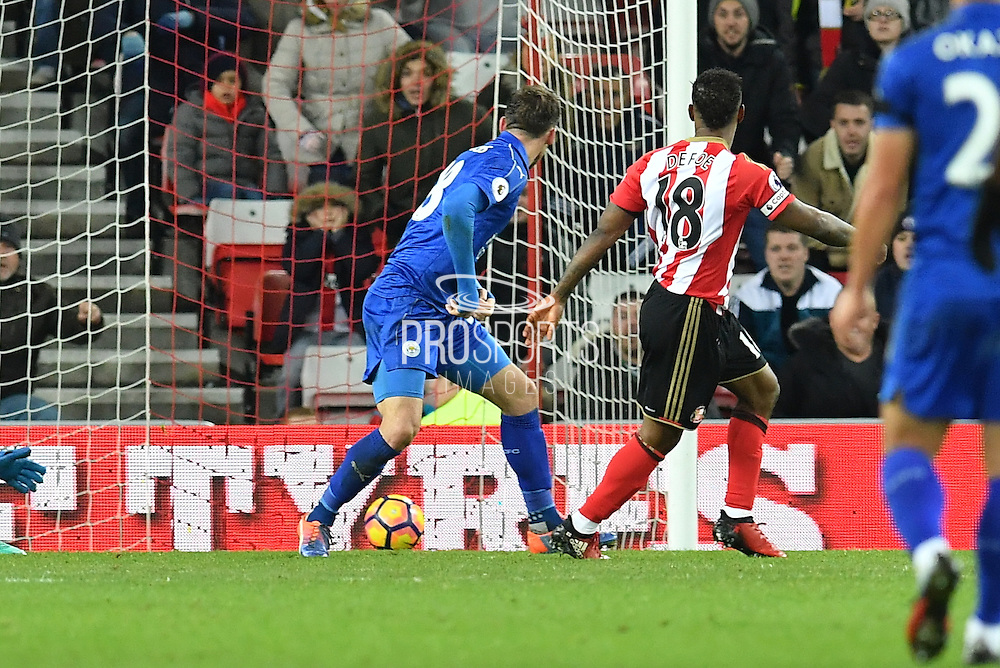 Jermain Defoe (18) Sunderland AFC striker scores goal to go 2-0 up during the Premier League match between Sunderland and Leicester City at the Stadium Of Light, Sunderland, England on 3 December 2016. Photo by Ian Lyall.