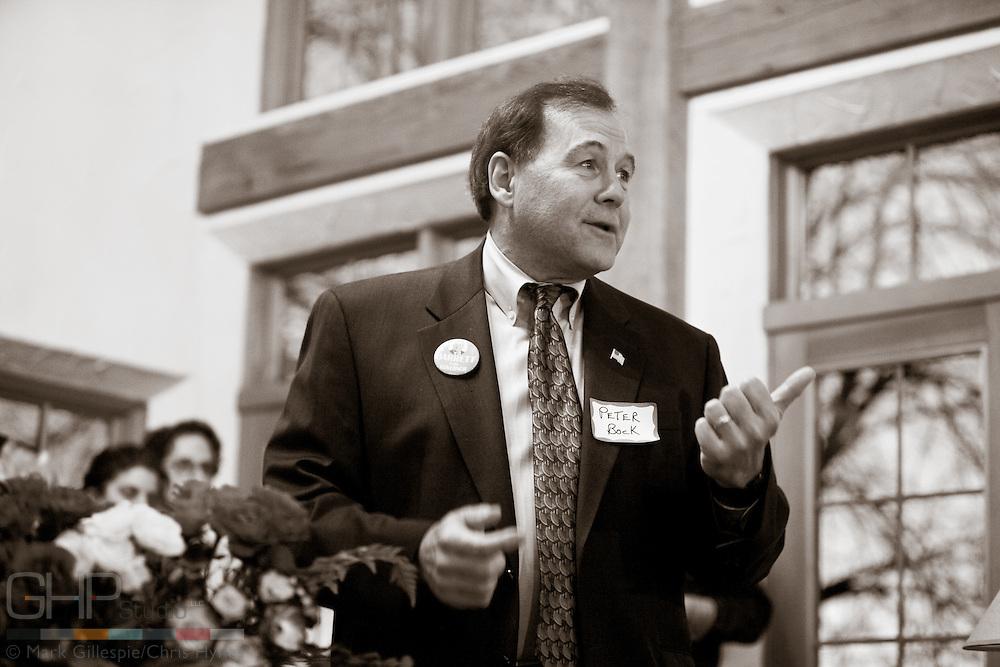 Peter Bock introduces Mayor Tom Barrett.