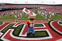 11 October 2009: San Francisco 49ers Mascot Sourdough Sam waves a 49ers flag during player introductions before the Atlanta Falcons 45-10 victory over the San Francisco 49ers at Candlestick Park in San Francisco, CA.
