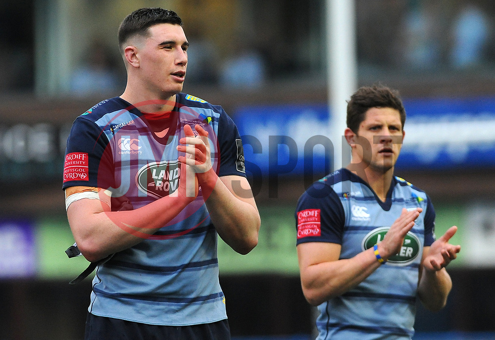 Steve Shingler of Cardiff Blues thanks fans after the final whistle  - Mandatory by-line: Nizaam Jones/JMP- 24/03/2018 - RUGBY - BT Sport Cardiff Arms Park- Cardiff, Wales - Cardiff Blues v Ulster Rugby - Guinness Pro 14