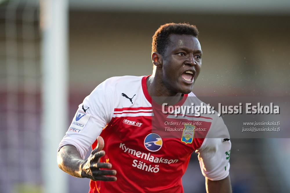 Hassan Sesay juhlii voittomaalia. MyPa - Inter. Veikkausliiga. Myllykoski 21.4.2013. Photo: Jussi Eskola