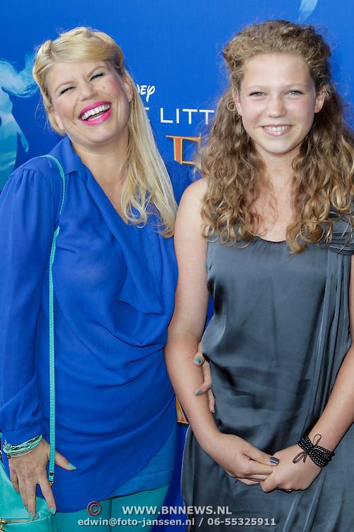NLD/Rotterdam/20120616 - Inloop premiere musical Little Mermaid, Annemarie Jung en ?????