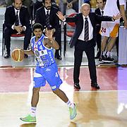 DESCRIZIONE : Roma Lega A 2014-2015 Acea Roma Banco di Sardegna Sassari<br /> GIOCATORE : Edgar Sosa<br /> CATEGORIA : palleggio schema composizione<br /> SQUADRA : Banco di Sardegna Sassari<br /> EVENTO : Campionato Lega A 2014-2015<br /> GARA : Acea Roma Banco di Sardegna Sassari<br /> DATA : 02/11/2014<br /> SPORT : Pallacanestro<br /> AUTORE : Agenzia Ciamillo-Castoria/Max.Ceretti<br /> GALLERIA : Lega Basket A 2014-2015<br /> FOTONOTIZIA : Roma Lega A 2014-2015 Acea Roma Banco di Sardegna Sassari<br /> PREDEFINITA :
