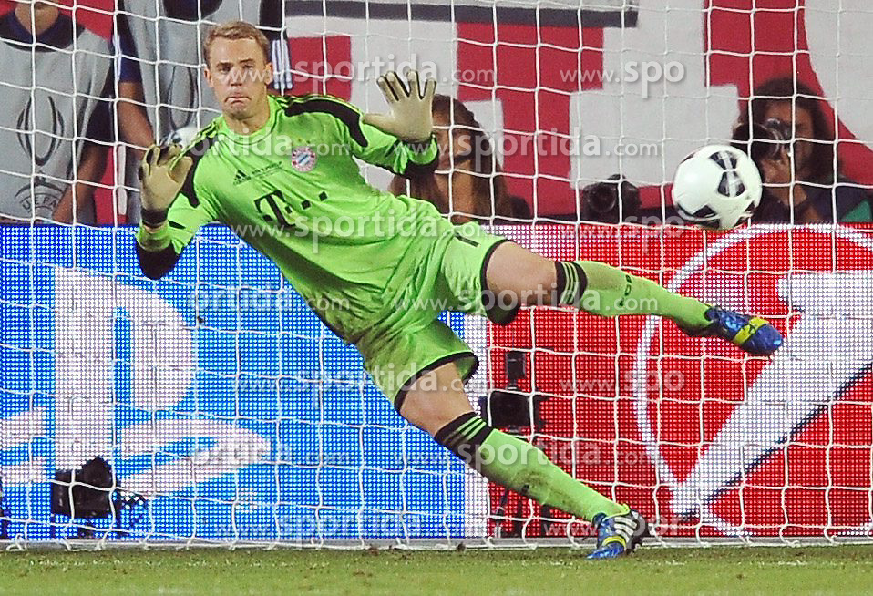 30.08.2013, Eden Stadion, Prag, CZE, UEFA Europa League, FC Bayern Muenchen vs FC Chelsea, im Bild MANUEL NEUER // during UEFA Europa League match between FC Bayern Muenchen and FC Chelsea at the Eden Stadium, Prag, Czech Republic on 2013/08/30. EXPA Pictures &copy; 2013, PhotoCredit: EXPA/ Newspix/ Lukasz Laskowski<br /> <br /> ***** ATTENTION - for AUT, SLO, CRO, SRB, BIH, TUR, SUI and SWE only *****
