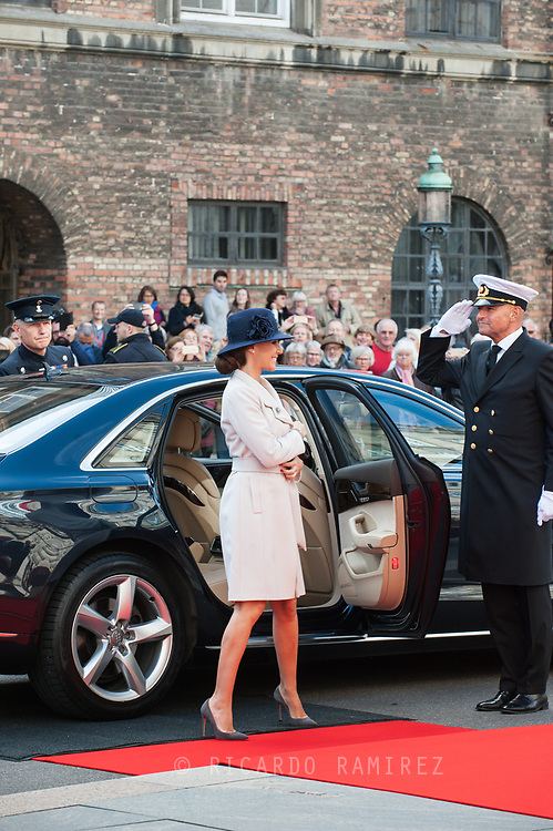 03.10.2017. Copenhagen, Denmark. <br /> Princess Marie's arrival to Christiansborg Palace for attended the opening session of the Danish Parliament (Folketinget).<br /> Photo: © Ricardo Ramirez