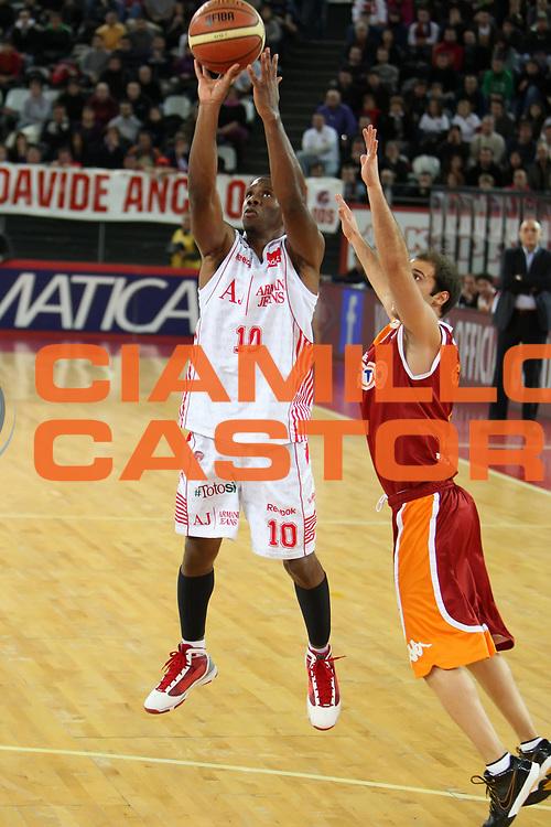 DESCRIZIONE : Roma Lega A 2009-10 Lottomatica Virtus Roma Armani Jeans Milano<br /> GIOCATORE : Morris Finley<br /> SQUADRA : Armani Jeans Milano<br /> EVENTO : Campionato Lega A 2009-2010<br /> GARA : Lottomatica Virtus Roma Armani Jeans Milano<br /> DATA : 03/01/2010<br /> CATEGORIA : tiro<br /> SPORT : Pallacanestro<br /> AUTORE : Agenzia Ciamillo-Castoria/ElioCastoria<br /> Galleria : Lega Basket A 2009-2010<br /> Fotonotizia : Roma Campionato Italiano Lega A 2009-2010 Lottomatica Virtus Roma Armani Jeans Milano<br /> Predefinita :