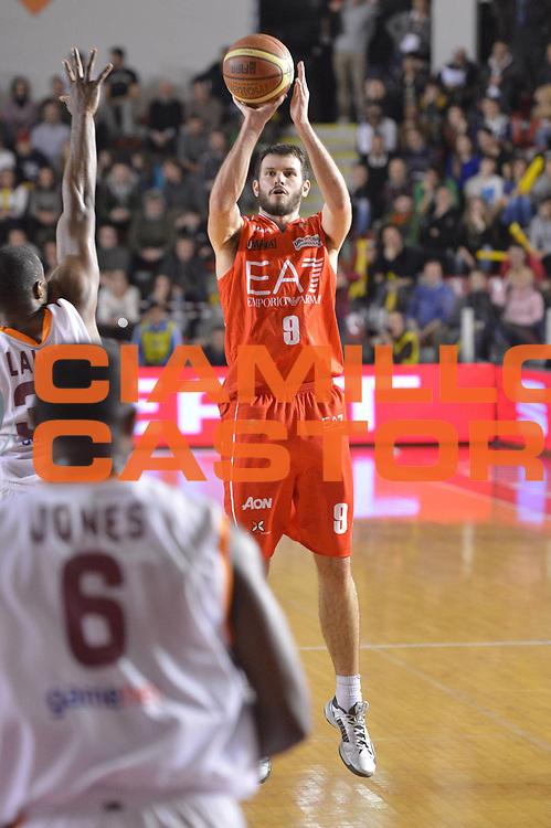 DESCRIZIONE : Roma Lega A 2012-13 Acea Roma EA7 Emporio Armani Milano<br /> GIOCATORE : Antonis Fotsis<br /> CATEGORIA : three points <br /> SQUADRA : EA7 Emporio Armani Milano<br /> EVENTO : Campionato Lega A 2012-2013 <br /> GARA :  Acea Roma EA7 Emporio Armani Milano<br /> DATA : 17/02/2013<br /> SPORT : Pallacanestro <br /> AUTORE : Agenzia Ciamillo-Castoria/GiulioCiamillo<br /> Galleria : Lega Basket A 2012-2013  <br /> Fotonotizia : Roma Lega A 2012-13 Acea Roma EA7 Emporio Armani Milano<br /> Predefinita :