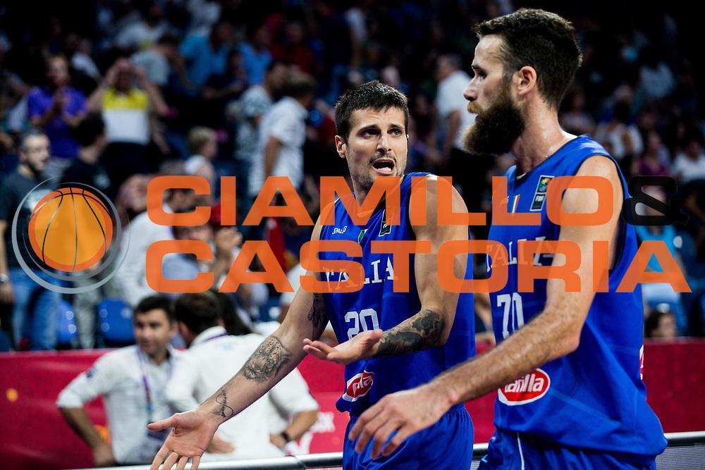 Andrea Cinciarini, Luigi Datome<br /> Nazionale Italiana Maschile Senior<br /> Eurobasket 2017 - Final Phase - Round of 16<br /> Finlandia Italia Finland Italy<br /> FIP 2017<br /> Istanbul, 09/09/2017<br /> Foto GiulioCiamillo / Ciamillo - Castoria