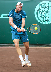 April 13, 2018 - Houston, Texas, U.S. - Tennys Sandgren of the United States hits the return in the match against Guido Pella of Argentina during the Quarterfinal round of the Men's Clay Court Championship on April 13, 2018 at River Oaks Country Club. (Credit Image: © Leslie Plaza Johnson/Icon SMI via ZUMA Press)
