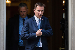 London, UK. 21 May, 2019. Jeremy Hunt, Foreign Secretary, leaves 10 Downing Street following a mid-afternoon meeting. He left at around the same time as Home Secretary Sajid Javid, International Trade Secretary Liam Fox, Defence Secretary Penny Mordaunt, International Development Secretary Rory Stewart, Attorney General Geoffrey Cox and Chief Whip Julian Smith and just before Prime Minister Theresa May left to make a statement on her Brexit Withdrawal Agreement Bill following Cabinet approval earlier in the day.