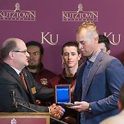 2015-10-24 Ryan Vogelsong President's Medal
