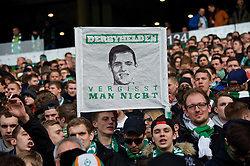"14.02.2015, Weserstadion, Bremen, GER, 1. FBL, SV Werder Bremen vs FC Augsburg, 21. Runde, im Bild ein Banner in der Ostkurve, auf dem ""Derbyhelden vergisst man nicht"" steht und ein Foto von Zlatko Junuzovic (SV Werder Bremen #16) zu sehen ist // during the German Bundesliga 21th round match between SV Werder Bremen and FC Augsburg at the Weserstadion in Bremen, Germany on 2015/02/14. EXPA Pictures © 2015, PhotoCredit: EXPA/ Andreas Gumz<br /> <br /> *****ATTENTION - OUT of GER*****"