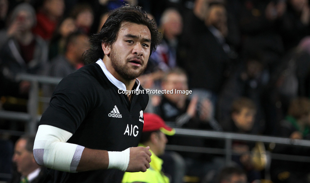 All Blacks' Steven Luatua runs onto the field. New Zealand All Blacks V South Africa.The Rugby Championship. Rugby Union Test Match. Westpac Stadium, Wellington. 13 September 2014. Photo.: Grant Down / www.photosport.co.nz